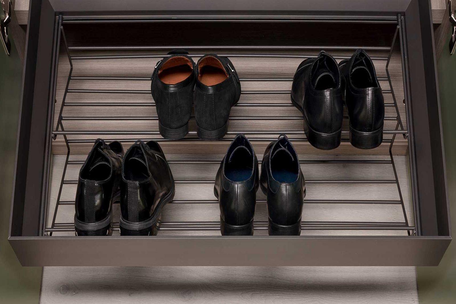 Porta scarpe estraibile Radaelli arredamenti