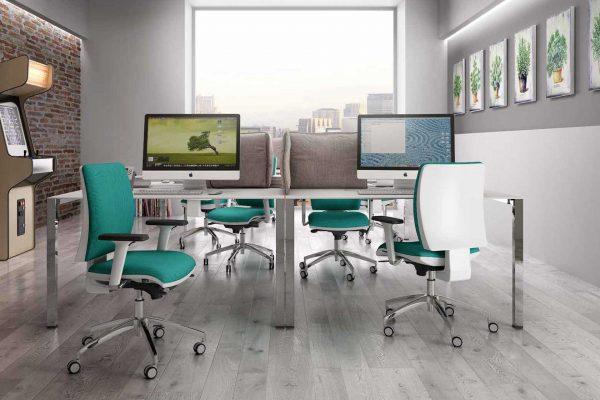 scrivania ufficio